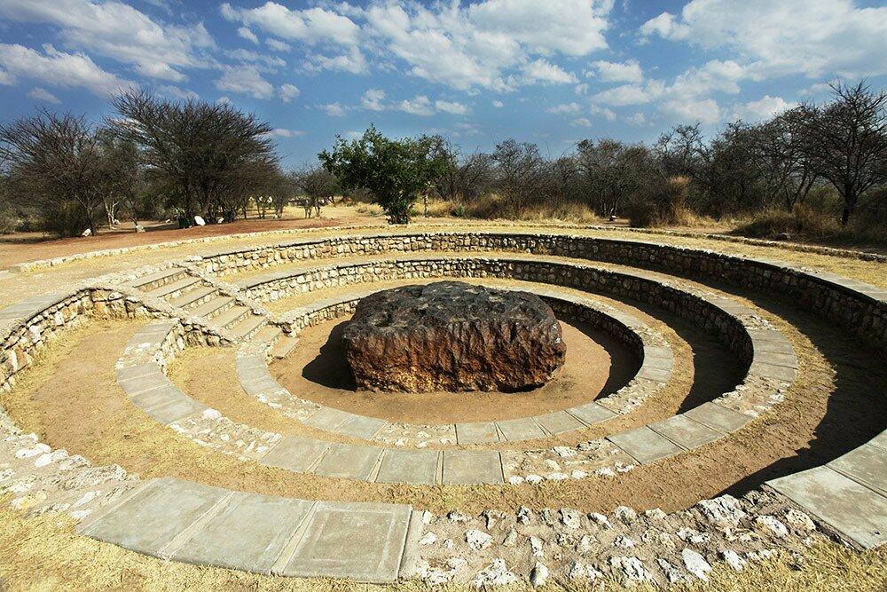 Крупнейший в мире метеорит Хоба