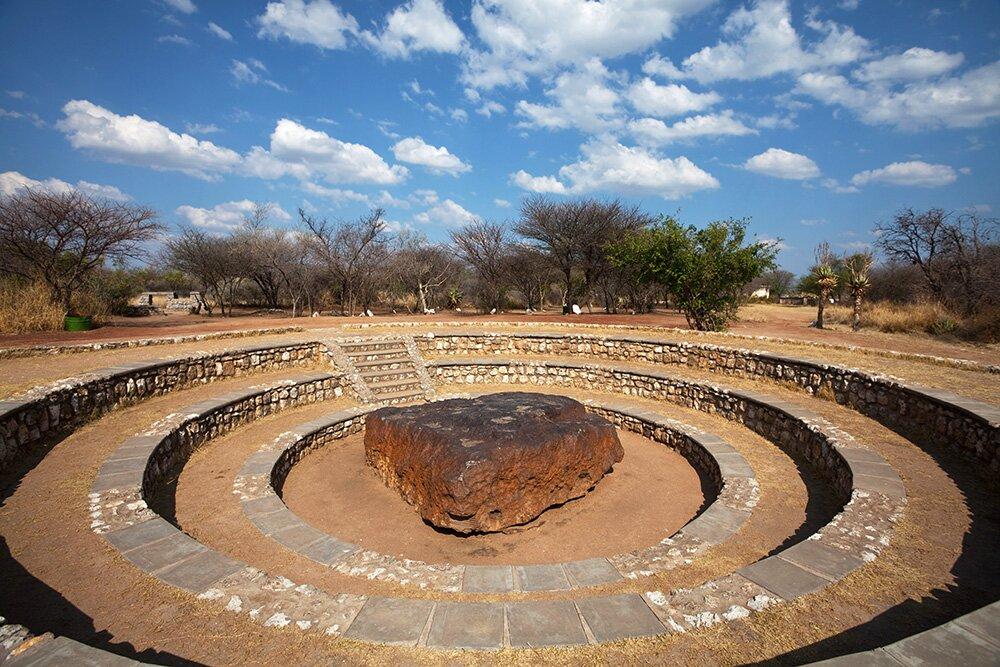 Самый крупный в мире метеорит Хоба (Намибия)